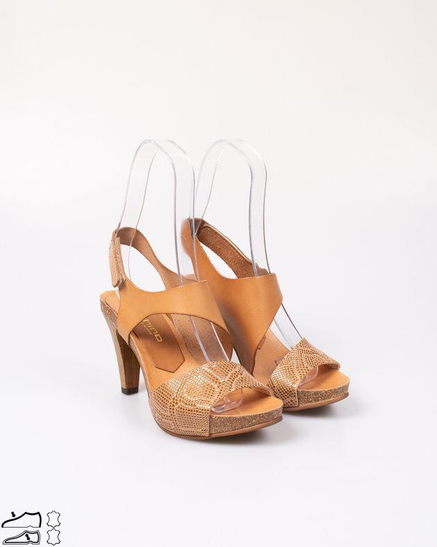 Sandale-din-piele-naturala-cu-toc-din-lemn-si-barete-cu-arici-2012725081