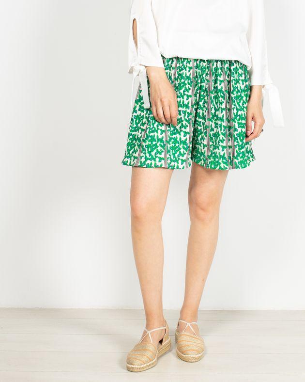 Pantaloni-scurti-cu-imprimeu-si-talie-elastica-2005501060