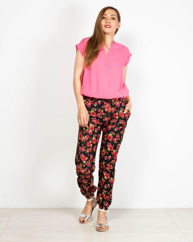Pantaloni-cu-buzunare-si-imprimeu-floral-2006501029