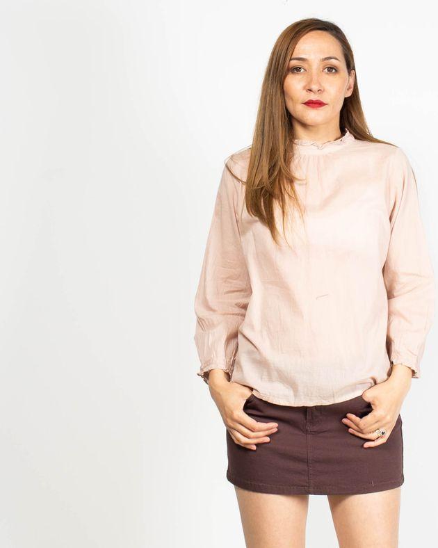 Bluza-usor-transparenta-cu-nasturi-si-maneca-lunga-N91913051