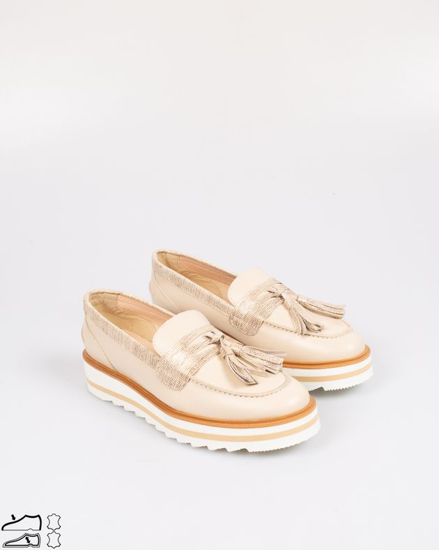 Pantofi-foarte-usori-din-piele-naturala-cu-talpa-inalta-si-ciucuri-1812501013