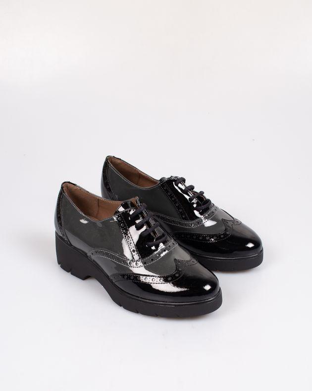Pantofi-lacuiti-cu-model-perforat-si-toc-cu-platforma-1938605123