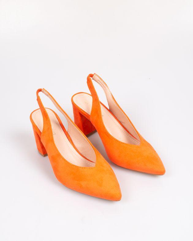 Pantofi-decupati-cu-toc-si-varf-ascutit-1942203087