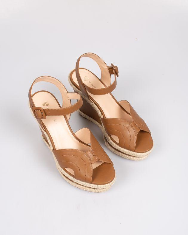Sandale-foarte-usoare-cu-talpa-interioara-moale-si-barete-cu-catarama-2003701007