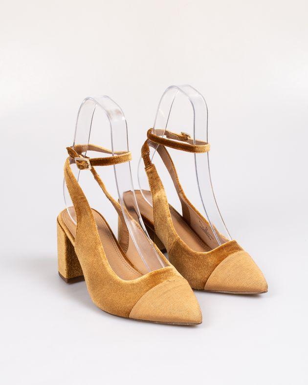 Pantofi-dama-cu-varf-ascutit-1942203169