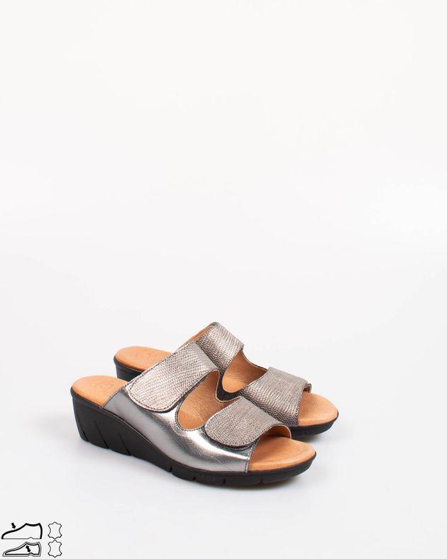 Papuci-casual-din-piele-naturala-cu-platforma-si-talpa-flexibila