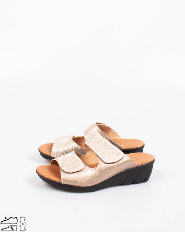 Papuci-din-piele-naturala-confortabili-cu-talpa-flexibila-si-moale