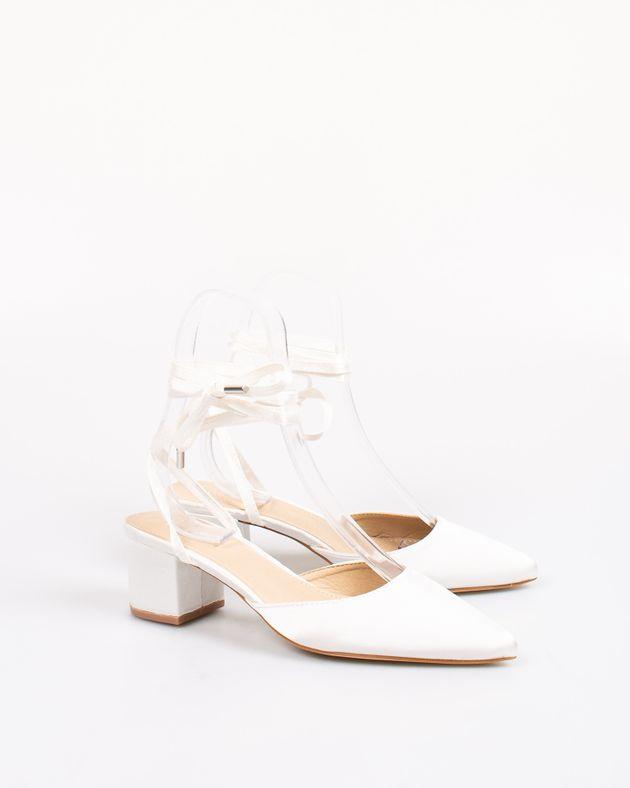 Pantofi-dama-decupati-cu-sistem-de-inchidere-pe-picior