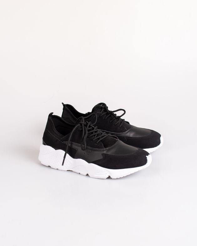 Pantofi-sport-usori-si-comozi-cu-siret