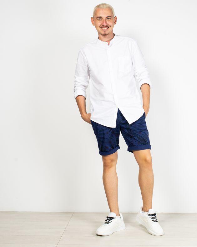 Pantaloni-scurti-cu-imprimeu-si-buzunare