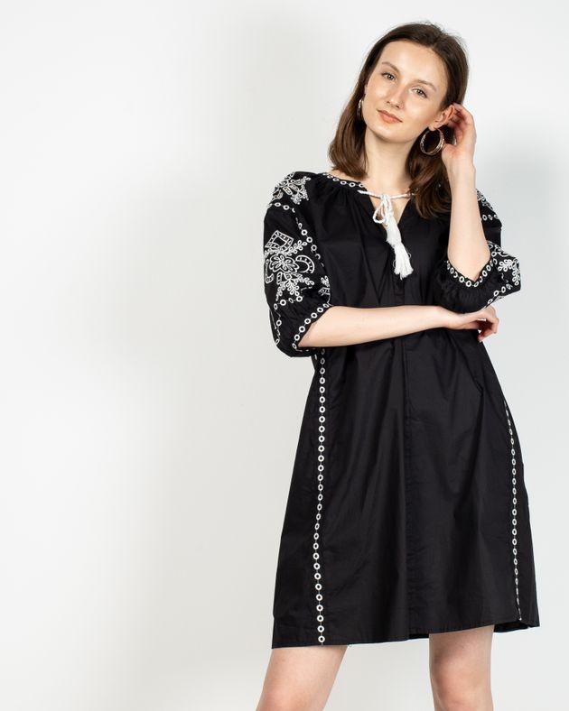 Rochie-Axel-din-bumbac-cu-model-brodat