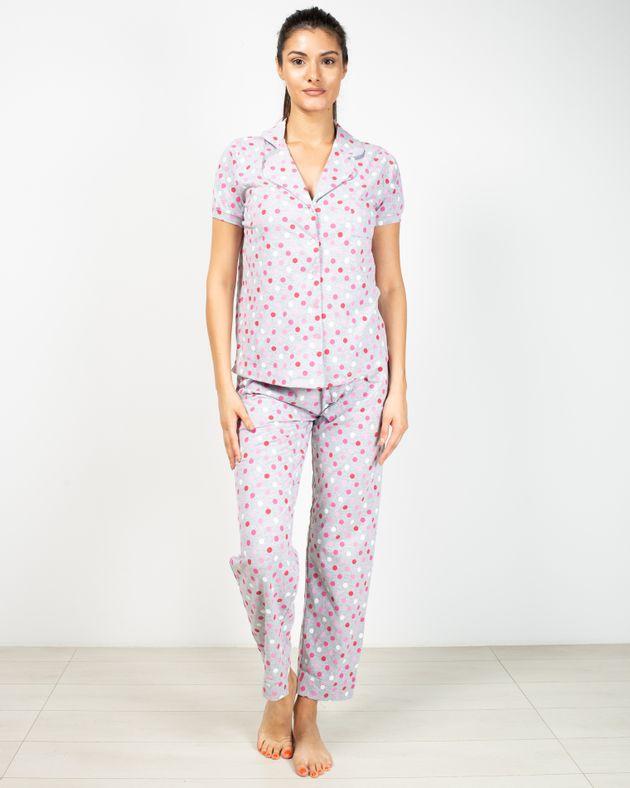 Pijamale-cu-buline-si-nasturi