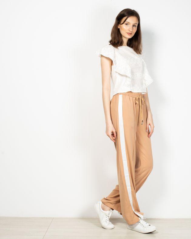 Pantaloni-Axel-cu-buzunare-si-talie-elastica