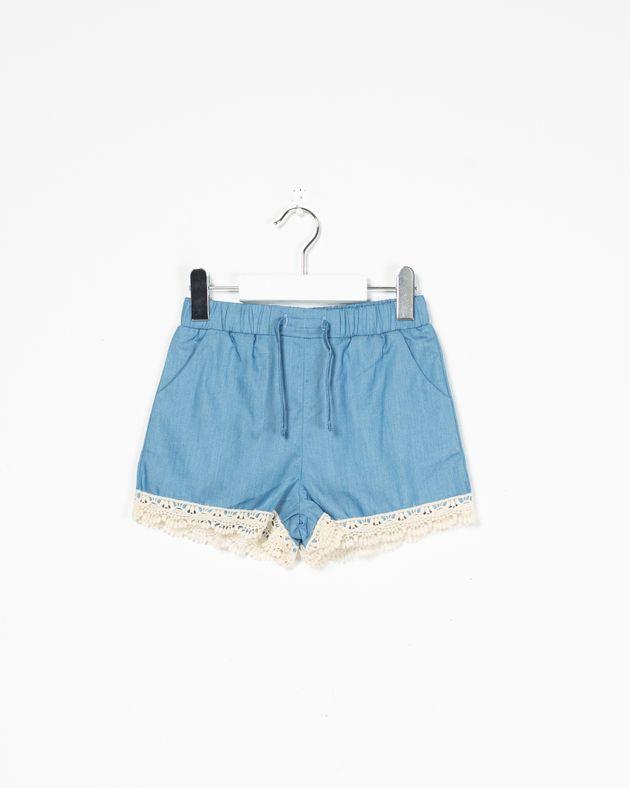 Pantaloni-scurti-Axel-cu-buzunare-si-broderie-aplicata