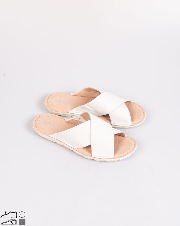 Papuci-din-piele-naturala-cu-talpa-flexibila