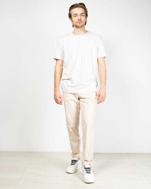 Pantaloni-fit-cu-nasturi-si-fermoar