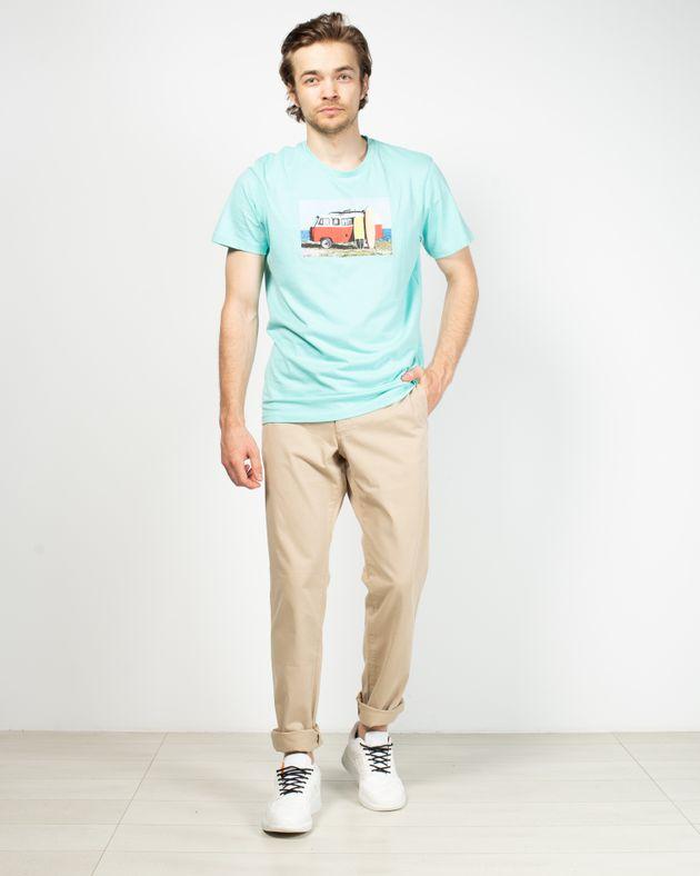 Pantaloni-cu-buzunare-si-nasturi