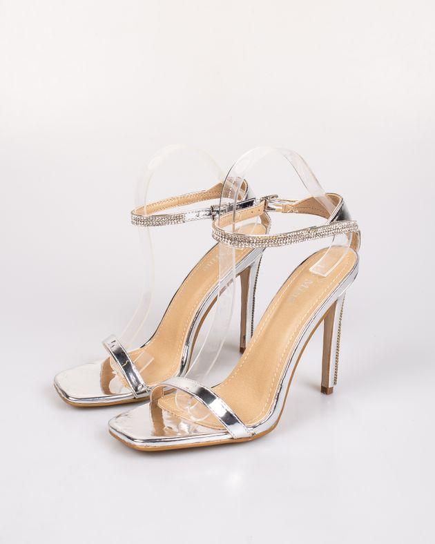 Sandale-cu-toc-inalt-si-inserati-cristale
