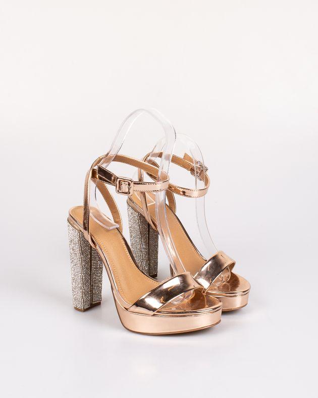 Sandale-cu-aspect-metalizat-si-toc-inalt