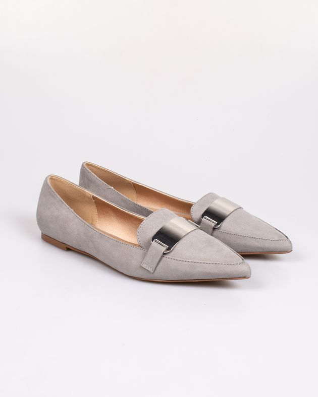 Pantofi-cu-detaliu-metalic