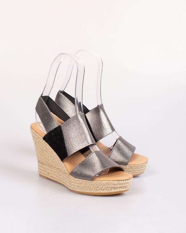 Sandale-cu-talpa-ortopedica-si-barete-elastice