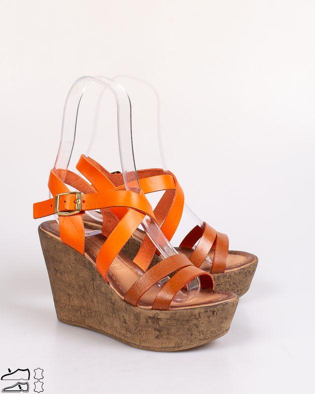 Sandale-Adams-foarte-usoare-cu-barete-si-catarama