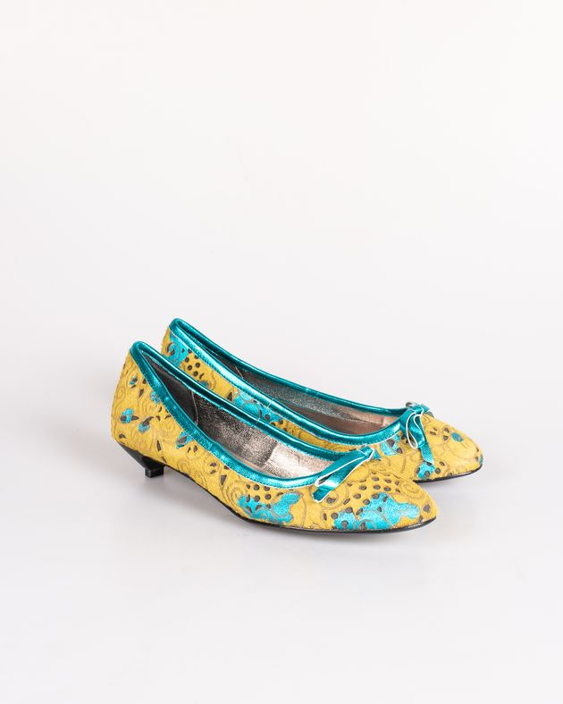 Pantofi-Axel-cu-toc-mic-si-varf-rotund-cu-funda