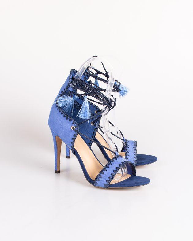 Sandale-Axel-cu-toc-si-snur-care-se-leaga-pe-picior