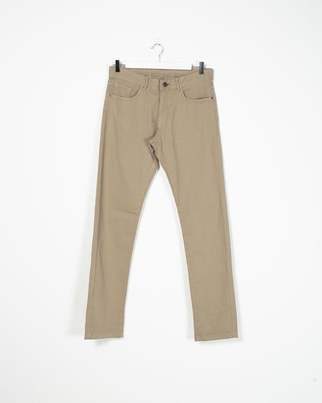 Pantaloni-conici-cu-buzunare