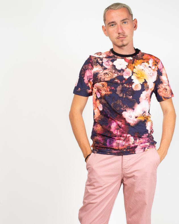 Tricou-cu-maneca-scurta-si-imprimeu-floral