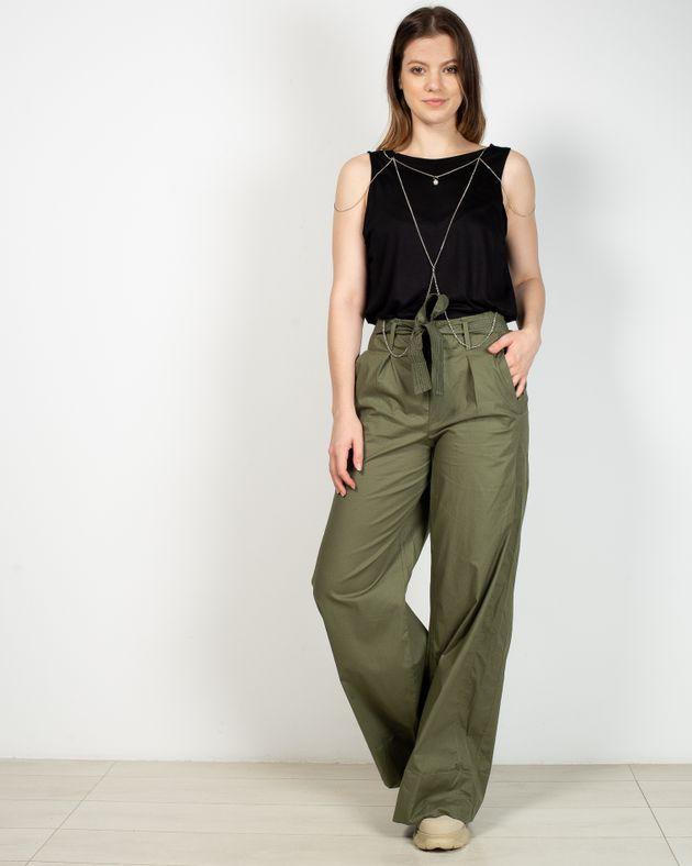 Pantaloni-evazati-cu-talie-elastica