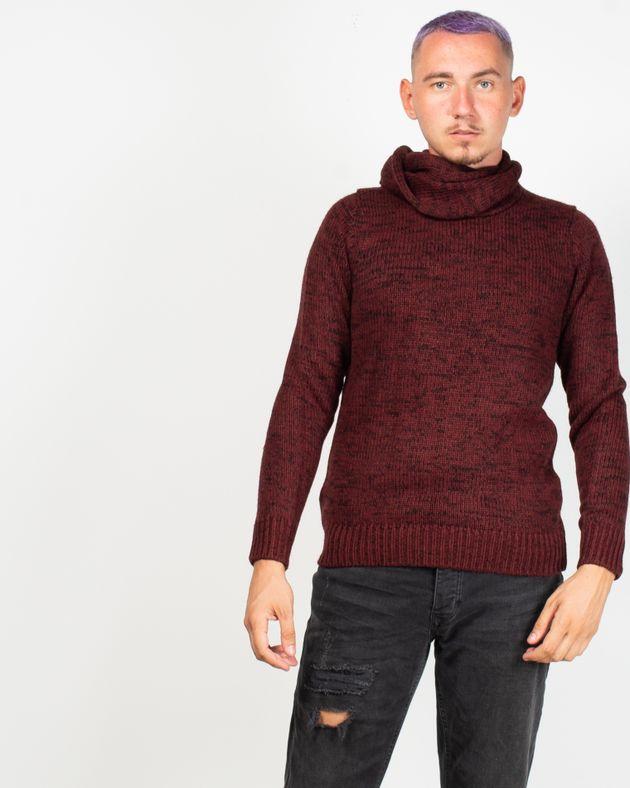 Pulover-tricotat-cu-maneca-lunga-si-guler