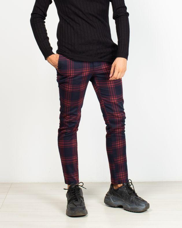 Pantaloni-in-carouri-cu-buzunare
