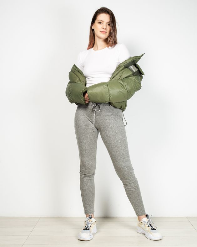 Pantaloni-de-trening-cu-talie-elastica-si-snur