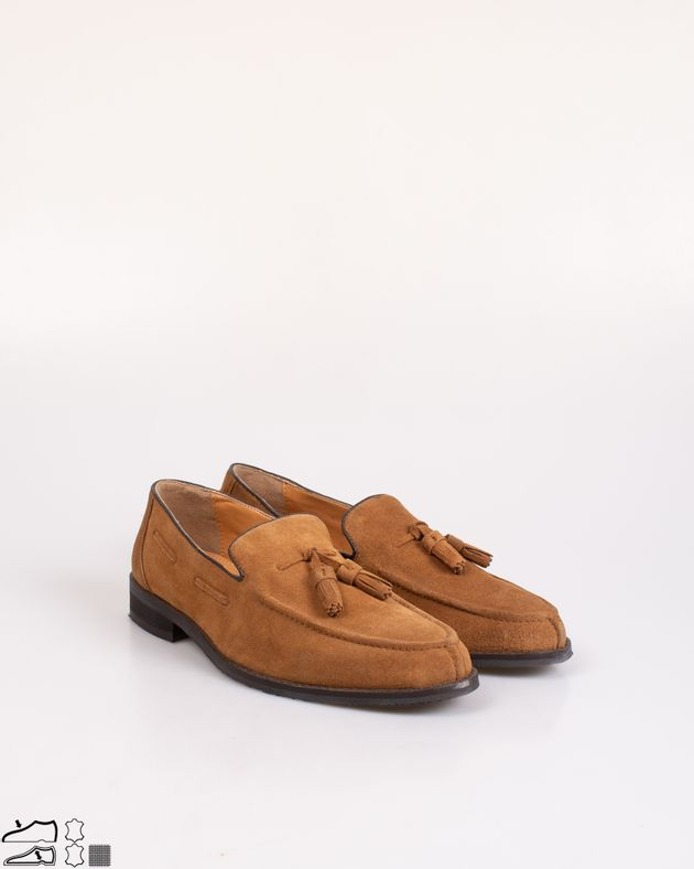 Pantofi-barbati-din-piele-naturala-cu-ciucuri