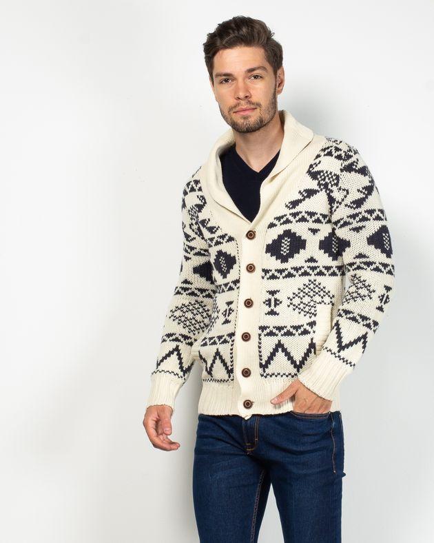 Cardigan-tricotat-cu-nasturi-si-buzunare