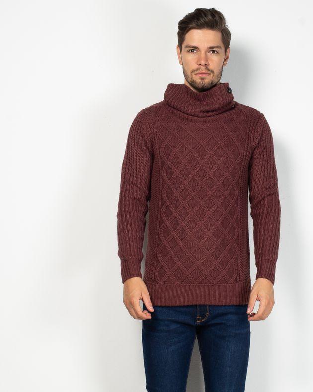 Pulover-tricotat-cu-guler-inalt