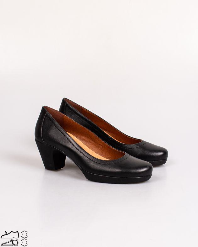Pantofi-casual-cu-toc-si-varf-rotund
