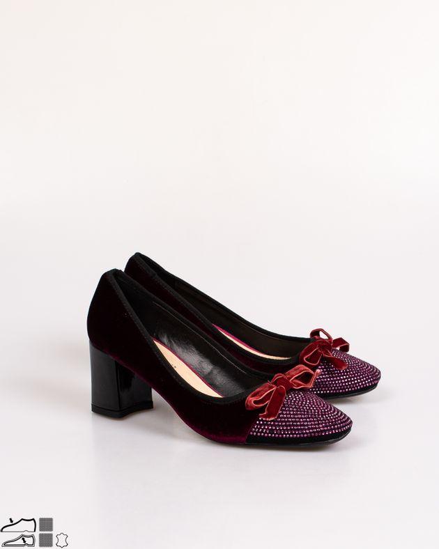 Pantofi-Adams-cu-toc-si-detalii-aplicate