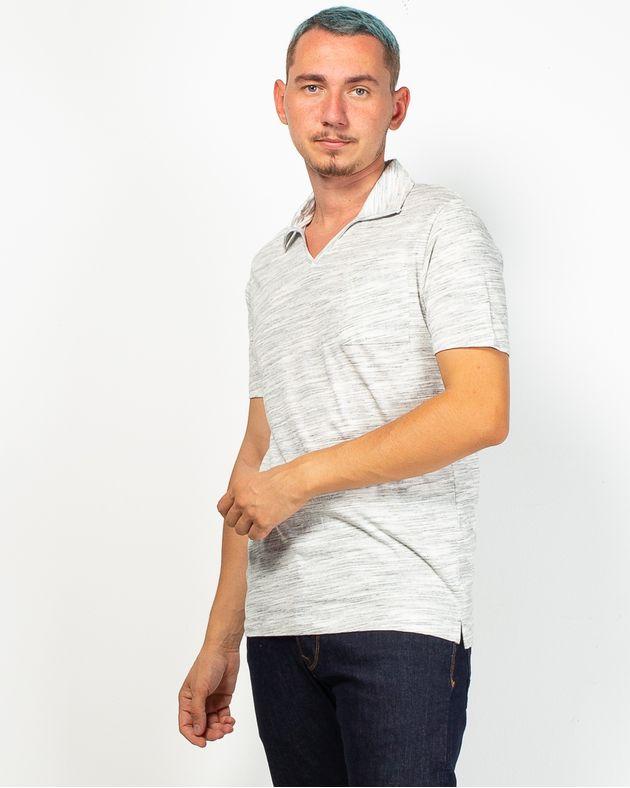 Tricou-cu-anchior-si-guler