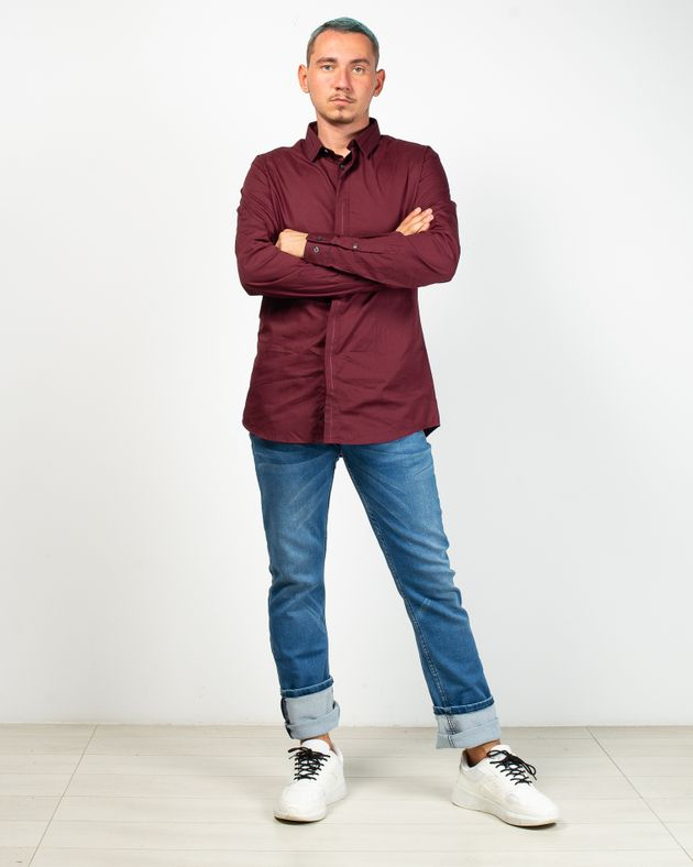 Jeans-drepti-cu-buzunare