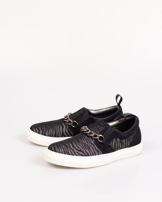 Pantofi-cu-talpa-groasa-si-extensie-elastica