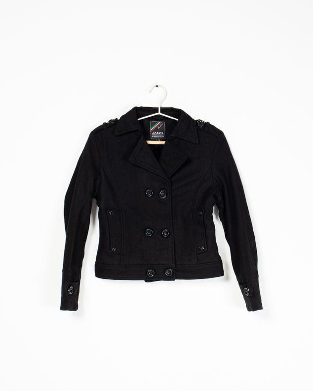 Jacheta-imblanita-pentru-fete-cu-buzunare-si-nasturi