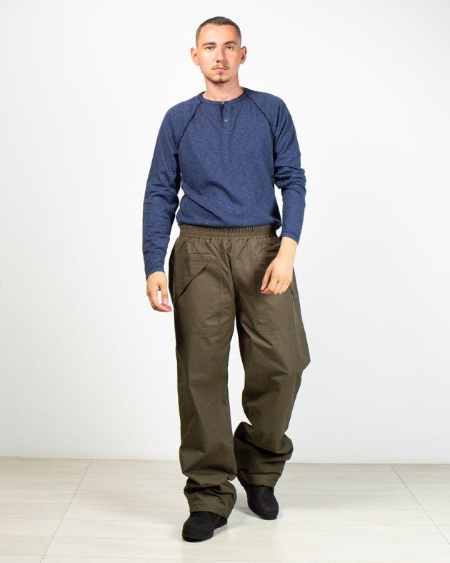 Pantaloni-pentru-drumetii-din-material-impermeabil-cu-buzunare