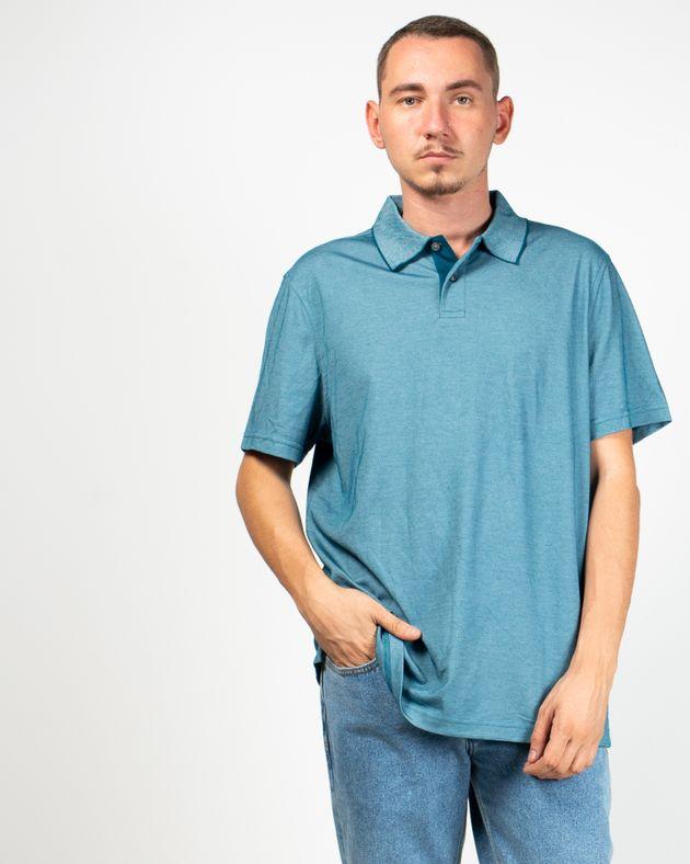 Tricou-simplu-cu-guler
