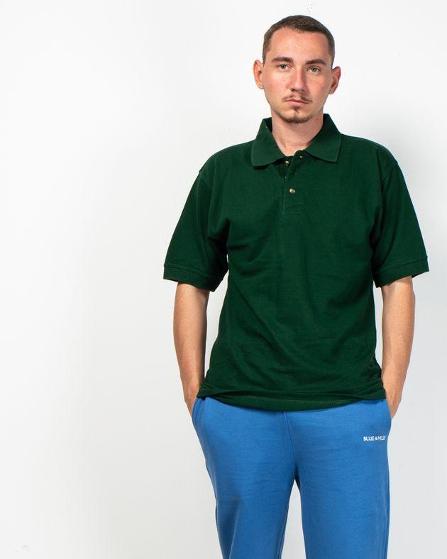 Tricou-cu-guler-prevazut-cu-nasturi