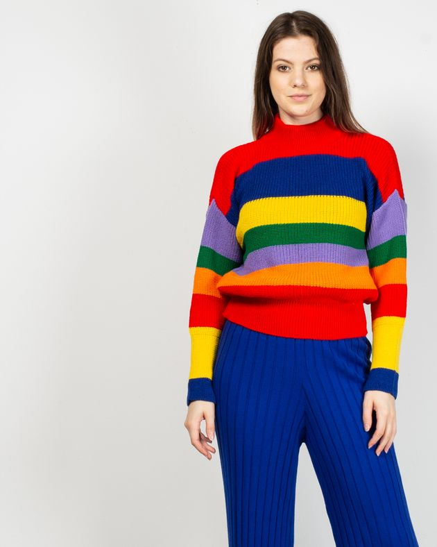 Pulover-tricotat-cu-dungi-si-guler