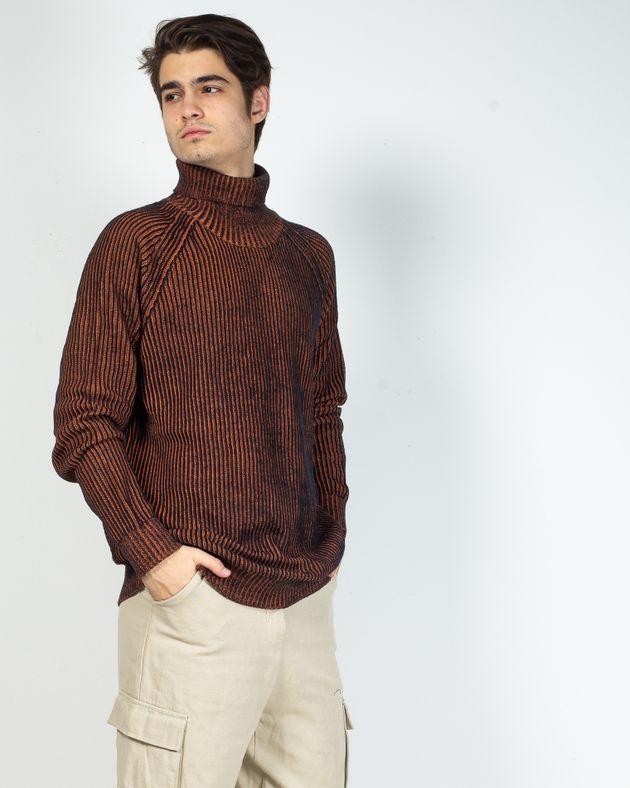 Pulover-barbati-tricotat-cu-guler-inalt