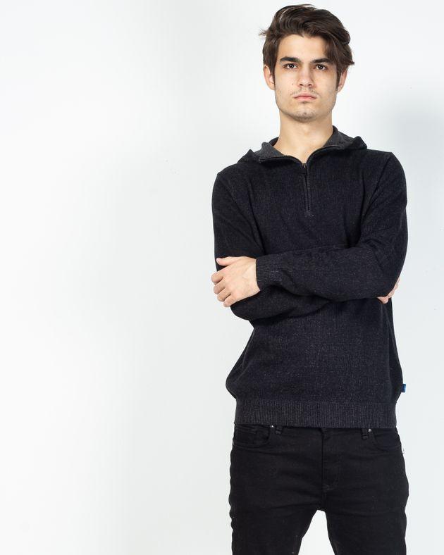 Pulover-tricotat-cu-gluga-si-fermoar