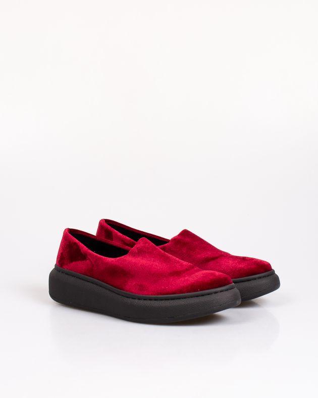 Pantofi-usori-dama-cu-talpa-inalta